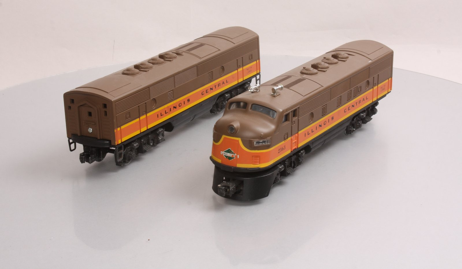 Lionel 2363 Illinois Central AB Diesel Locomotive Set - Restored  023922623638 Lionel 2363