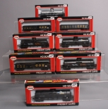 Model Power HO Scale Freight Cars: 98106, 98101, 98509, 98126 [8] EX/Box