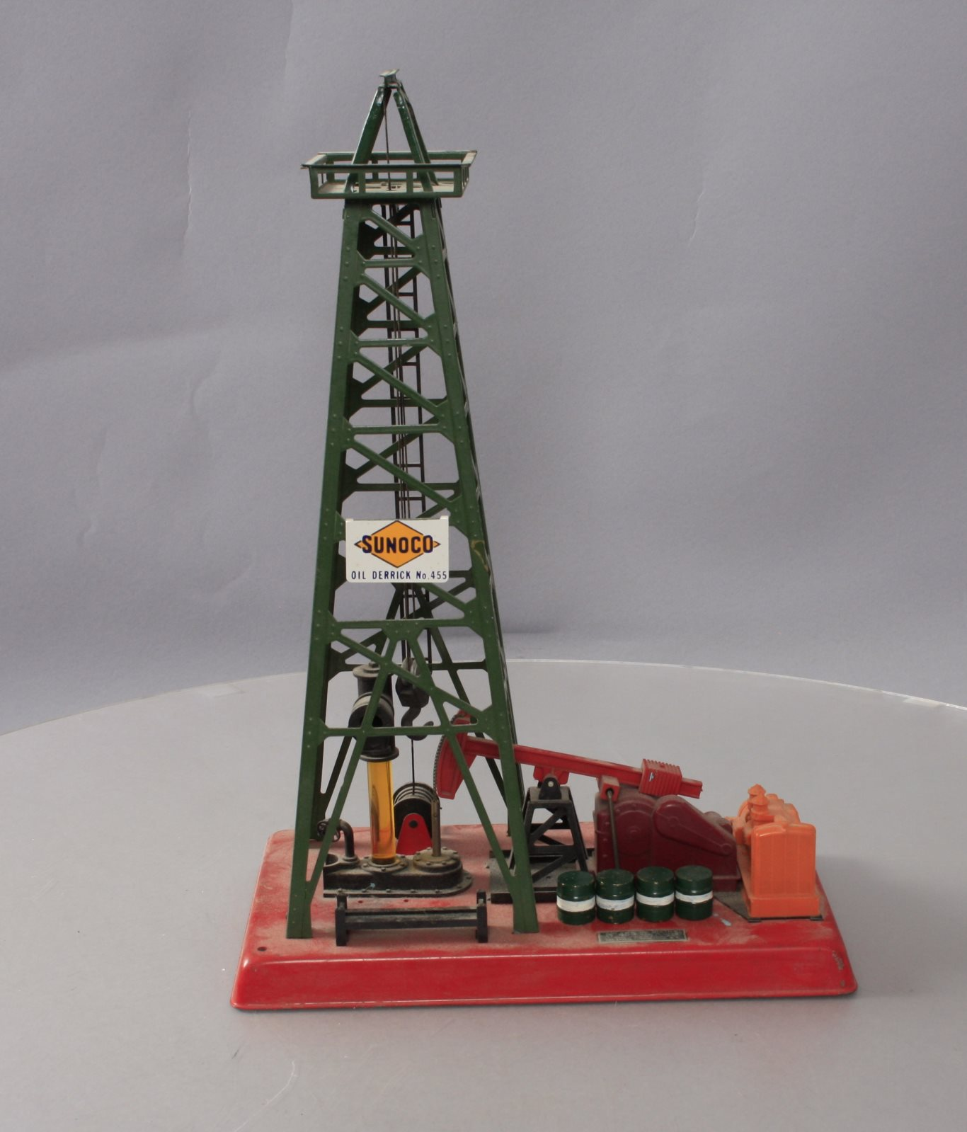 Buy Lionel 455 Operating Oil Derrick and Pumper | Trainz Auctions