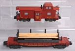 American Flyer 971 Southern Pacific Lumber Unloading Car & 935 Baywindow Caboose