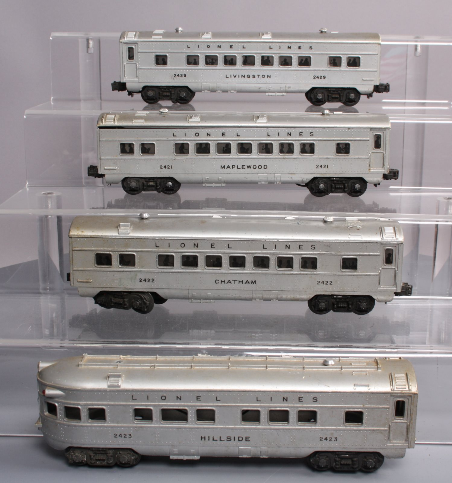 Passenger Cars Lower Price with Lionel 2421 Postwar Maplewood Passenger Car O Gauge Toys & Hobbies