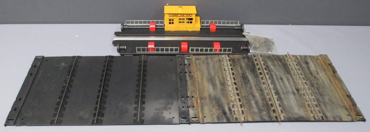 Buy Lionel 350 Operating Transfer Table | Trainz Auctions
