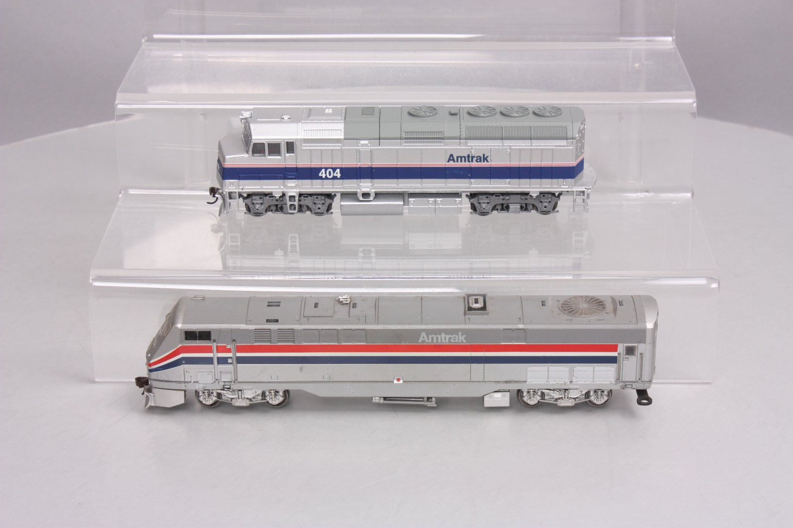 Buy Walthers & Athearn Amtrak P42, F40PH HO Diesel