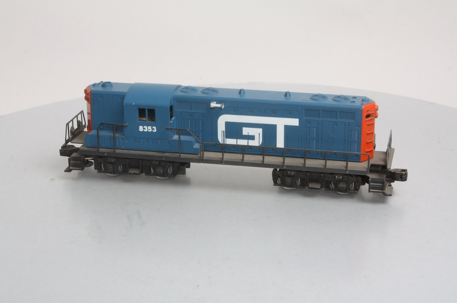 Lionel 6-8353 Grand Trunk GP7 Powered Diesel 023922683533 Lionel 6-8353