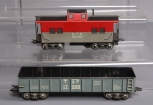 Marx 20102 New York Central Lighted Caboose & 17899 Texas and Pacific Gondola