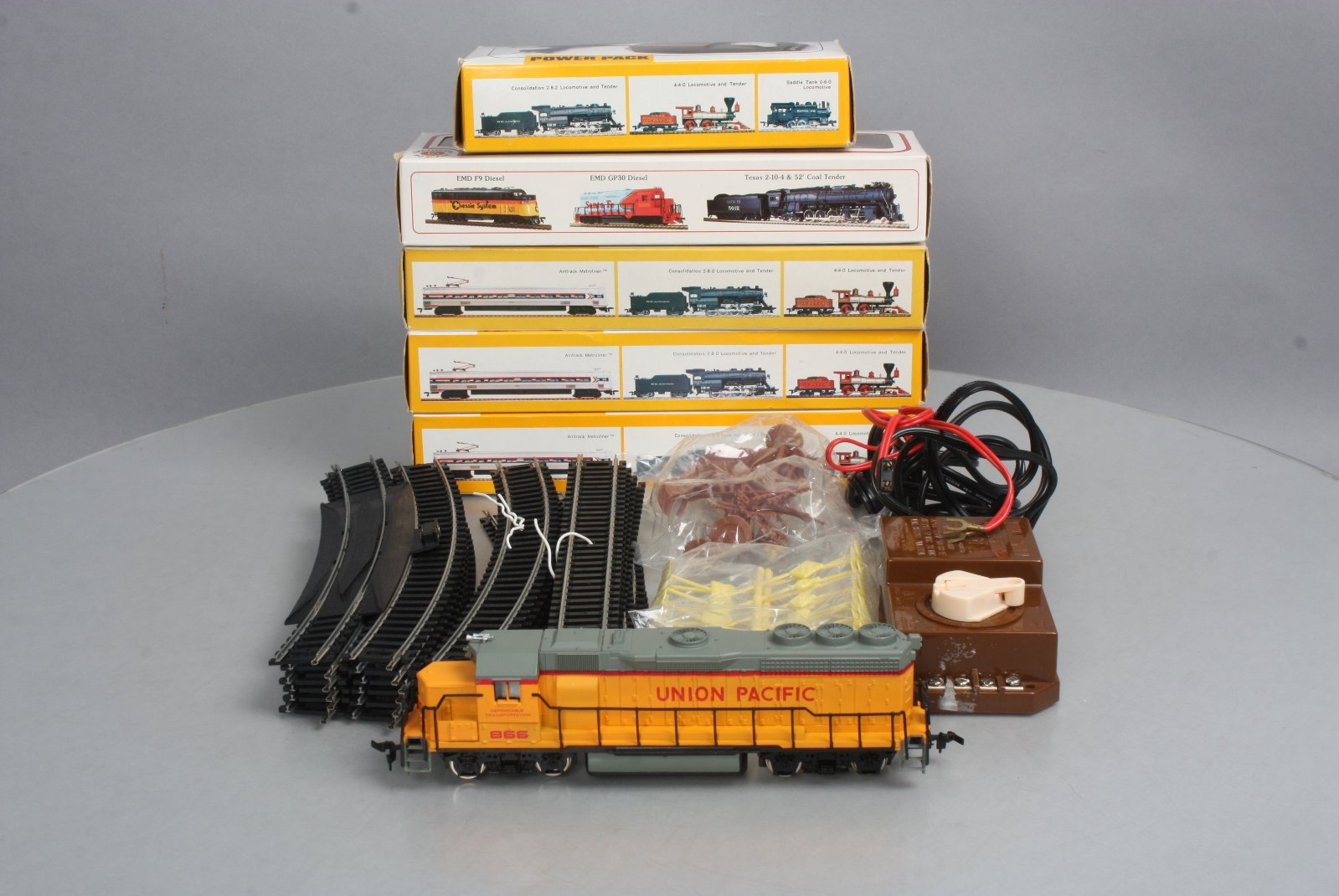 ho trains track and transformer wiring buy bachmann ho scale up diesel  track  telephone poles  buy bachmann ho scale up diesel  track