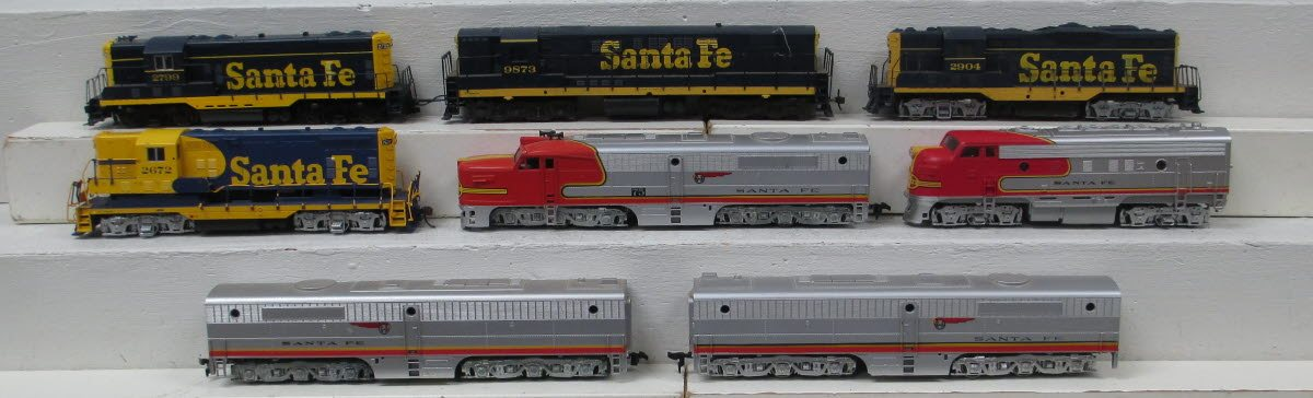 Buy Ho Scale Santa Fe Diesel Locomotives 8 Trainz Auctions