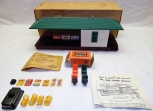 COLLECTORS! Boxed Lionel 356 Freight Station w/ scarce red & green carts Super