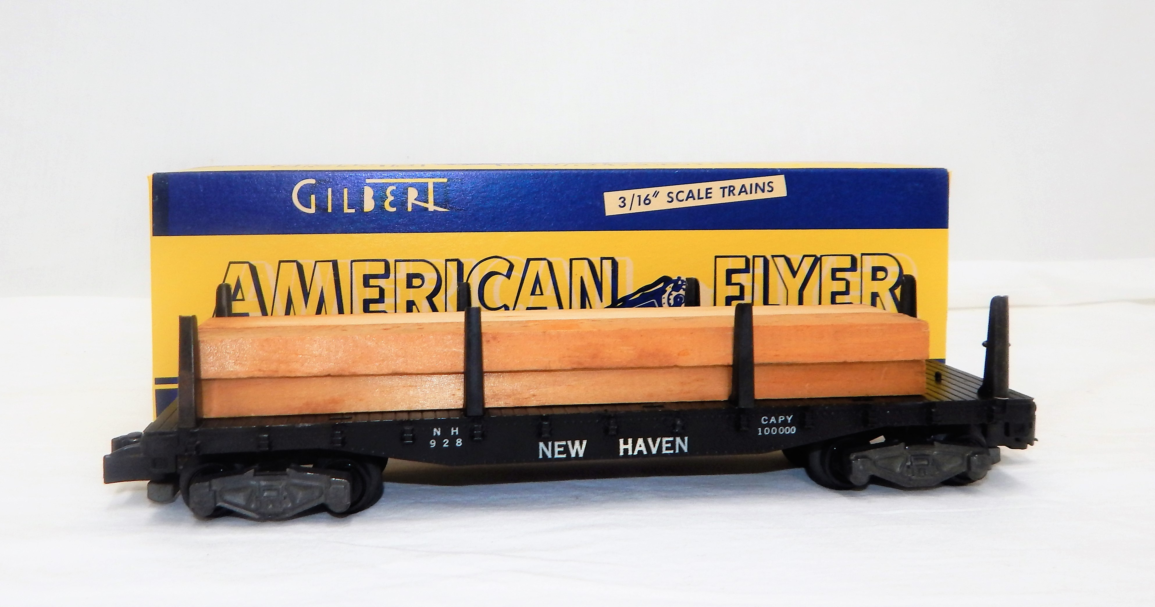 American Flyer 928 New Haven Flat car w/ Lumber Load S scale Knuckle couplers 56