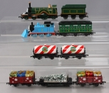 Bachmann HO Thomas & Friends Christmas Thomas and Freight Cars with Emily [9]