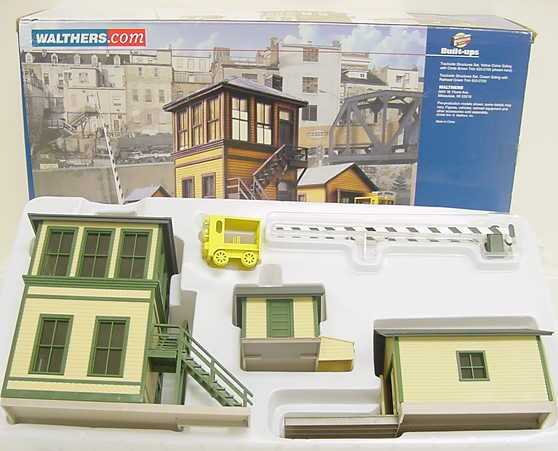 Walthers 933-2703 Trackside Structures Set EX/Box 616374014033 Walthers 933-2703