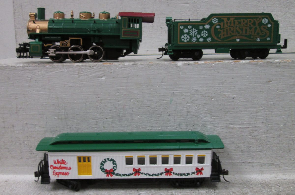 Ho Christmas Train.Buy Model Power 1063 Ho Scale Silver Star Set Bachmann