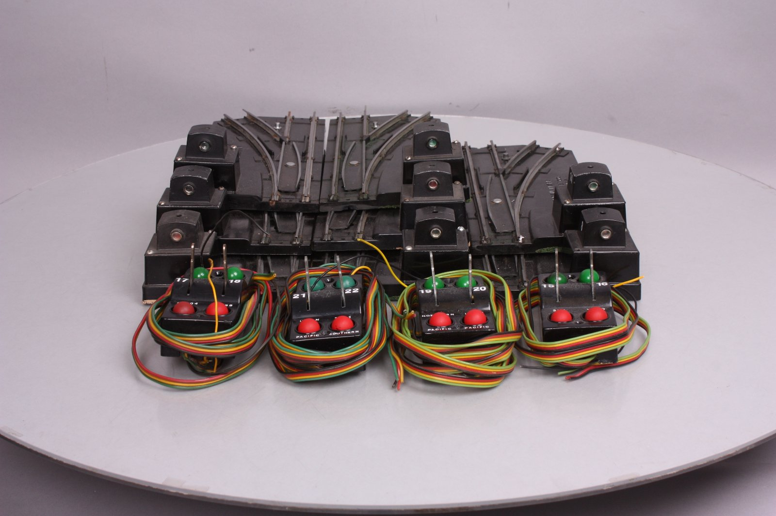 Buy American Flyer 720A S Gauge Electric Remote Control Switches (8 ...