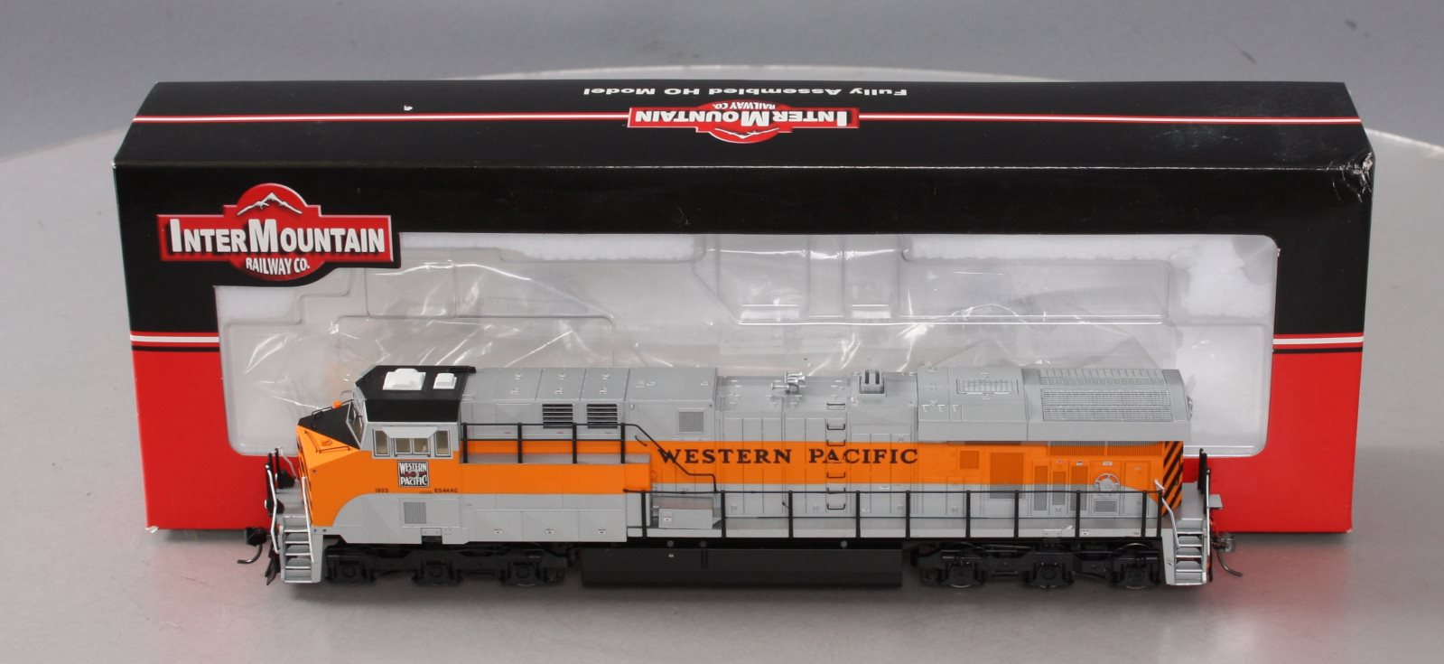 InterMountain 49760S-01 HO Scale Western Pacific ES44AC Diesel Locomotive with S 844201015360 InterMountain 49760S-01