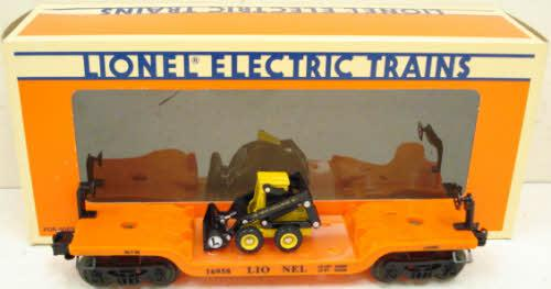 Lionel 6-16958 Flatcar w/Ertl New Holland Loader NIB