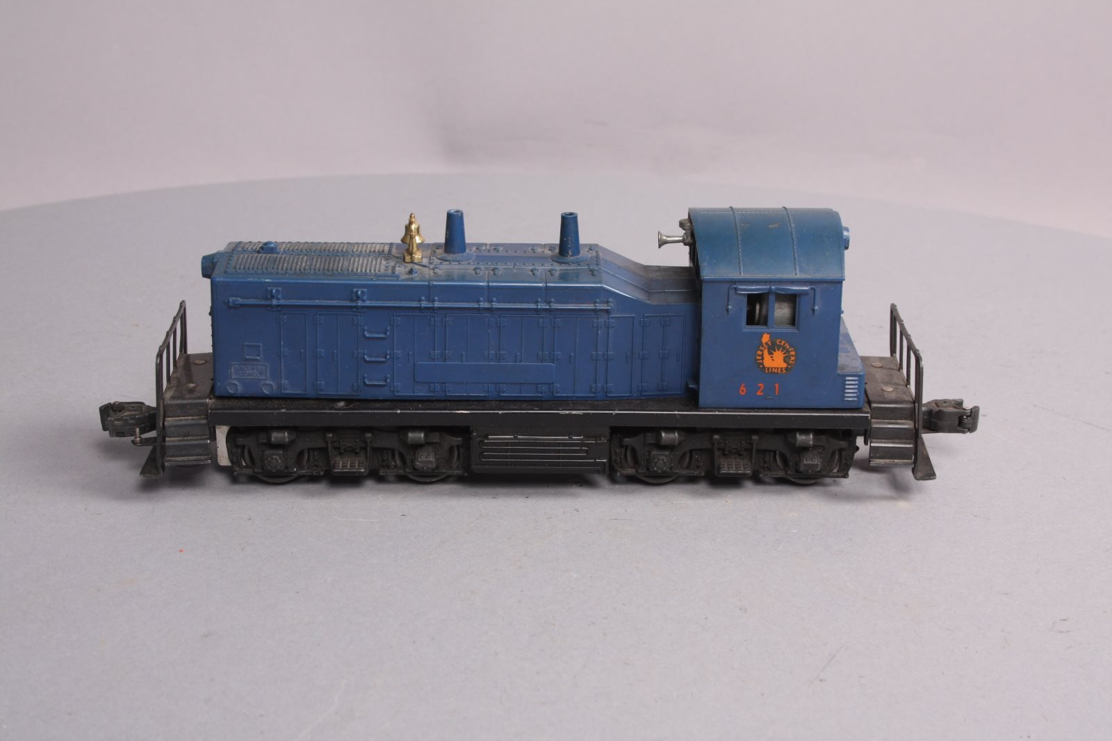 Buy Lionel 621 Jersey Central NW-2 Powered Diesel Locomotive