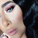 @sarahhermiz's Profile Picture