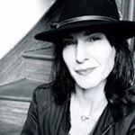 @carinedall's Profile Picture