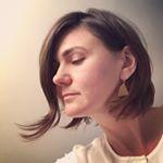 @athomemodern's Profile Picture