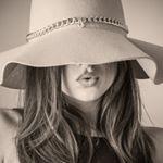 @iridesiskin's Profile Picture