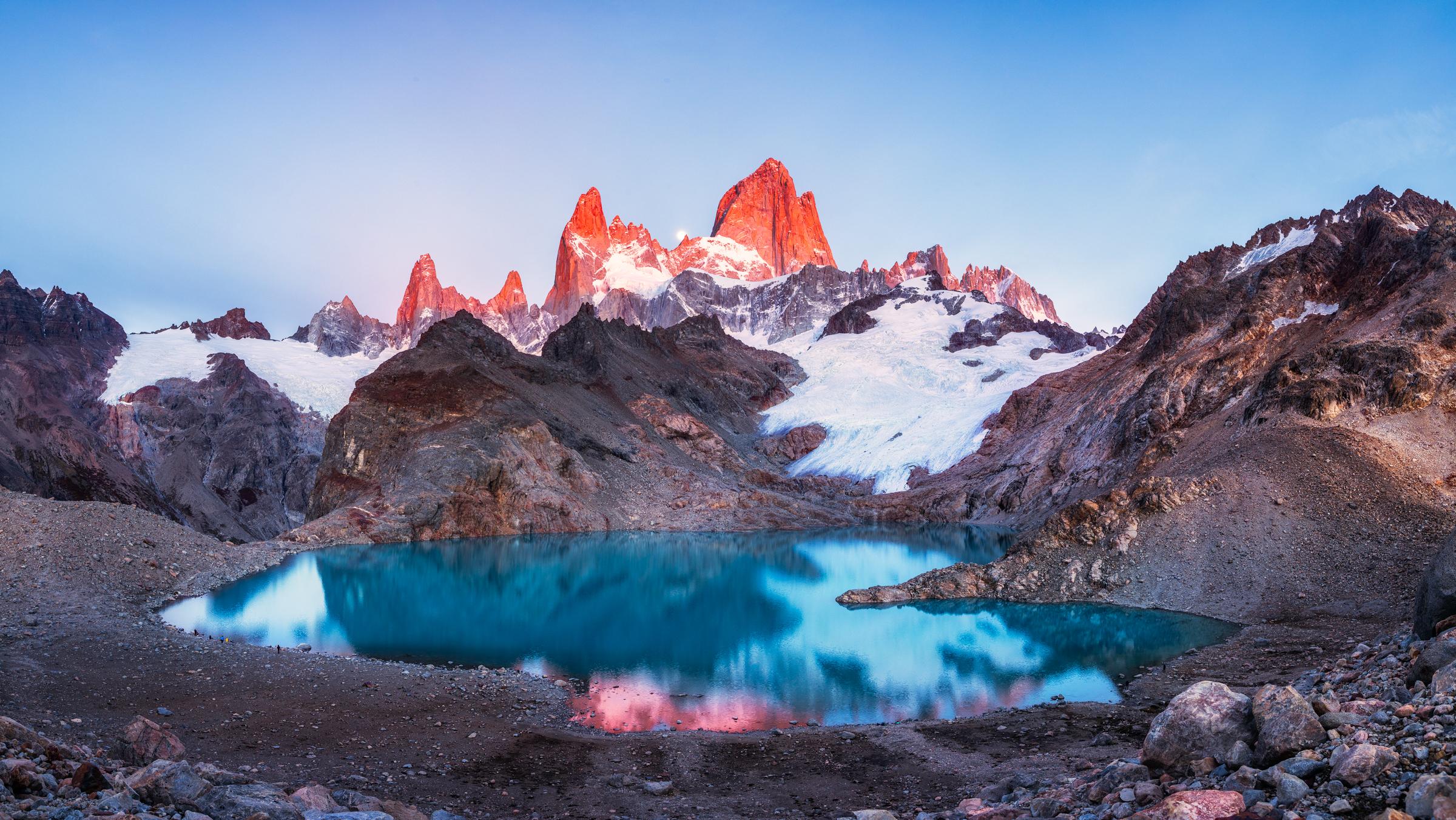 Lago de los tres near fitz roy argentina by michael matti