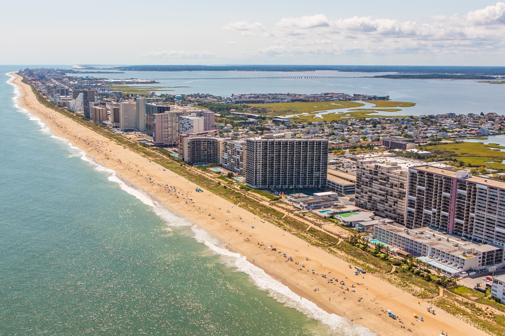@onbetterliving's cover photo for 'Summer Weekend Travel Guide: Ocean City, Maryland | Better Living'