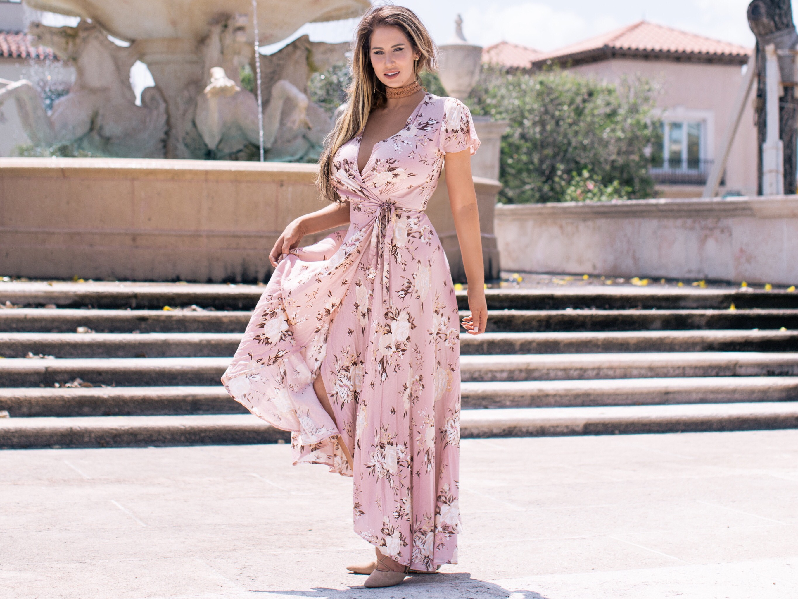 @msheatherlynne's cover photo for 'The 5 Prettiest Maxi's to Update Your Spring Wardrobe'