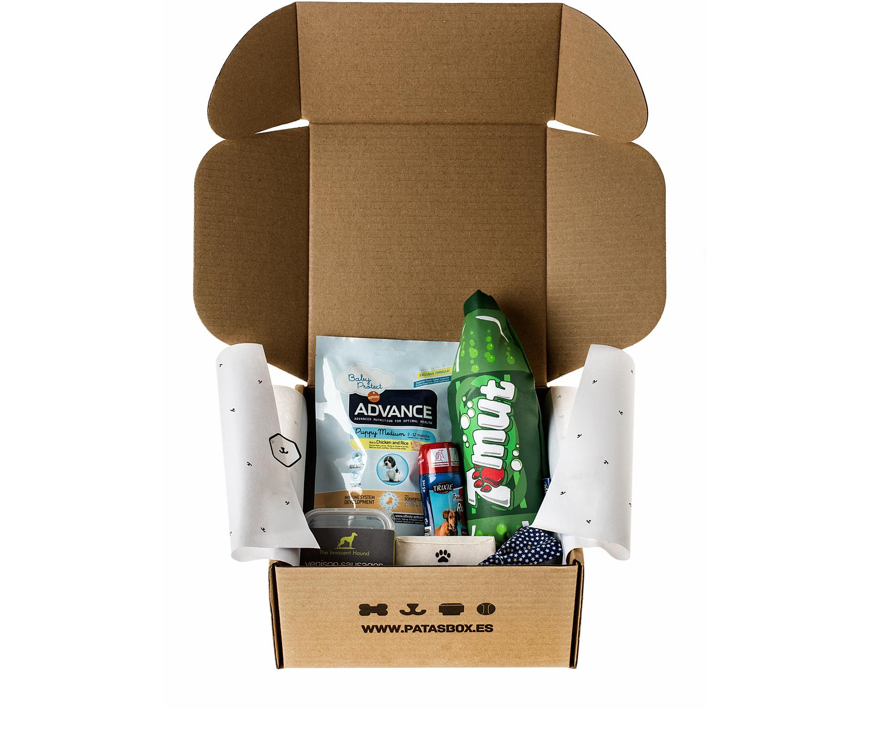@pippa.thechihuahua's cover photo for 'Patasbox: una caja llena de sorpresas - Pippa´s Garden'