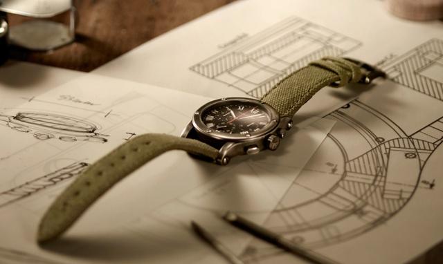 Auto Watch  Ready to Wear  9f9fed7f3c460