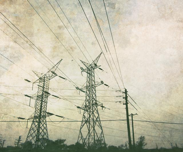 In comparison to other technological innovations, the American power grid remains antiquated and in need of a major overhaul. (Photo: April CC-BY-2.0)