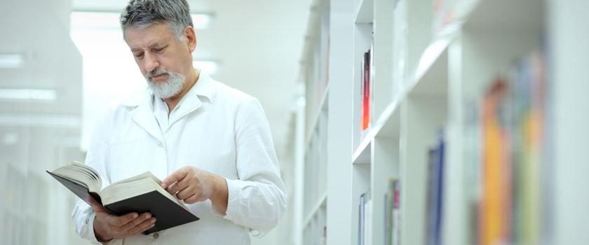 Medical-Journals-Highlighting-The-Predispositions-Of-Schizophrenia_L.jpg