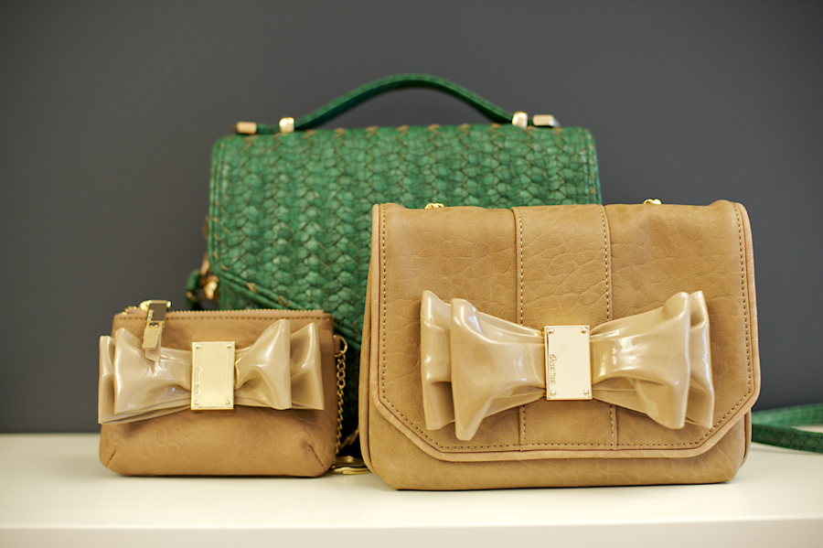 Deux-lux-handbags-matchbook-magazine-14