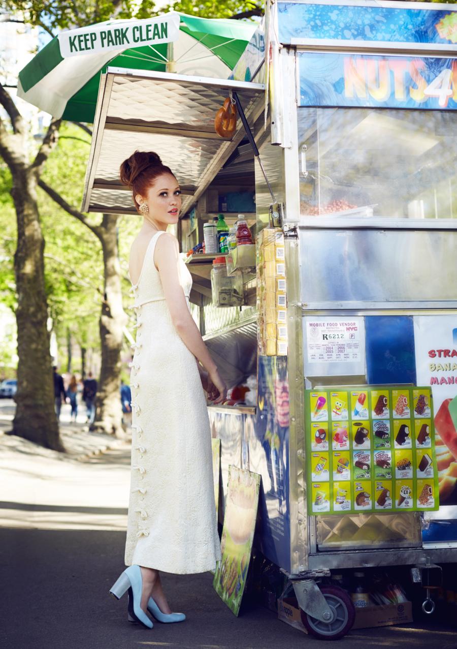 Matchbook-magazine-july-2013-summer-whites-new-york-city-bride-manhattan-vintage-wedding-dresses-2