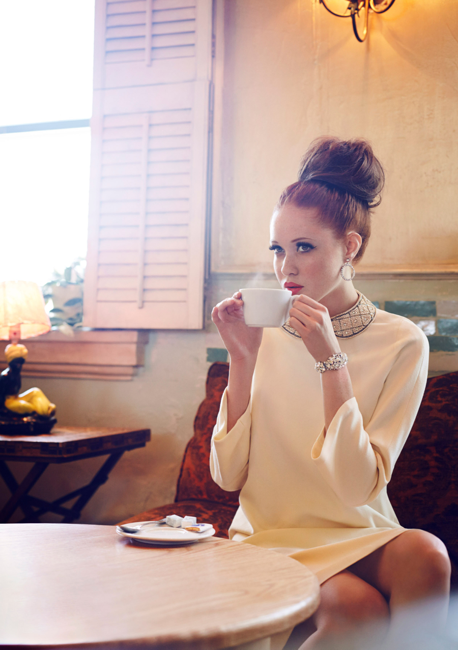 Matchbook-magazine-july-2013-summer-whites-new-york-city-bride-manhattan-vintage-wedding-dresses-6
