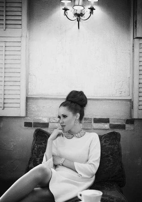 Matchbook-magazine-july-2013-summer-whites-new-york-city-bride-manhattan-vintage-wedding-dresses-8