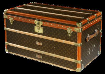 Vintage-louis-vuitton-trunk-1st-dibs