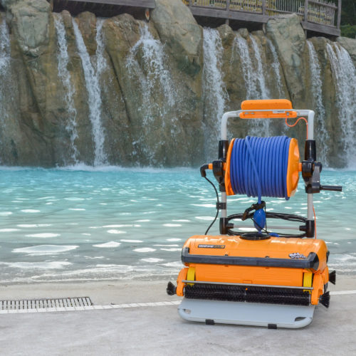 Dolphin Wave 300XL Commercial Robotic Pool Cleaner