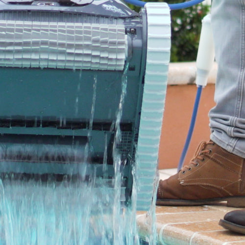 Dolphin Quantum Robotic Pool Cleaner Quick Water Release