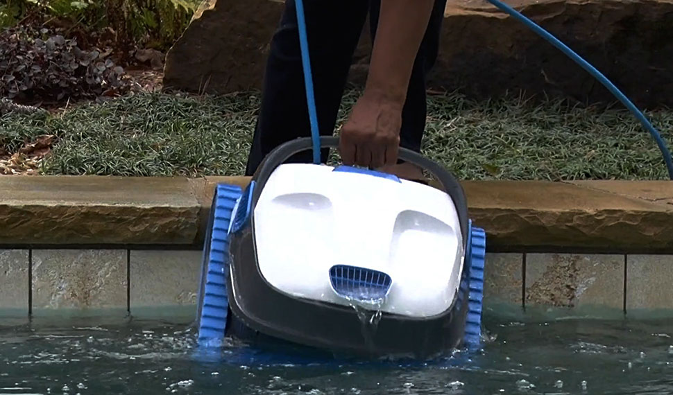 Dolphin Difference - Quick Water Release