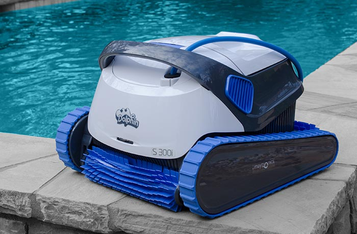 pool robot vacuum cleaning