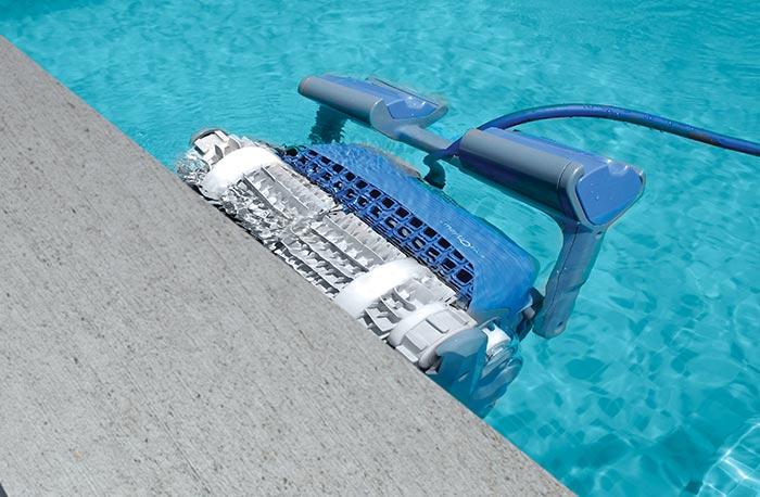 automatic pool cleaner Maytronics