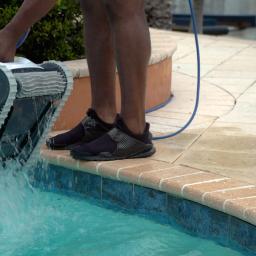 Dolphin T25 Robotic Pool Cleaner Quick Water Release