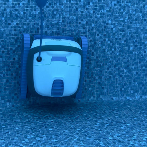 Dolphin S100 Robotic Pool Cleaner
