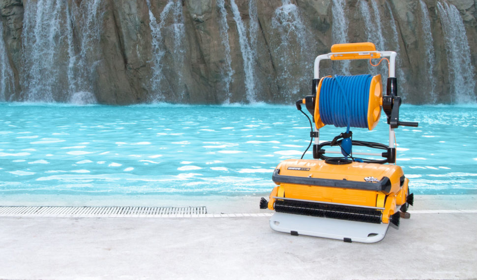 Dolphin Wave 300 Commercial Robotic Pool Cleaner