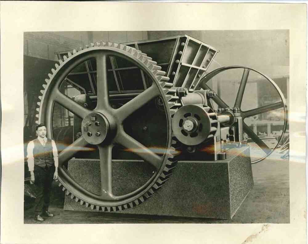 1894: Kreider And Mc Lanahan Single Roll Crusher