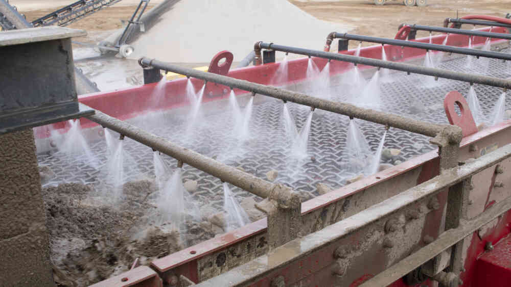 5 Common Questions About Using Sand Bedding Before Anaerobic Digestion on Dairies