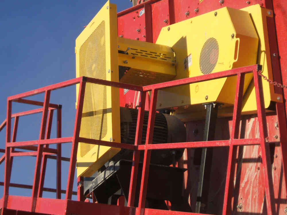 Vibrating Inclined Screen