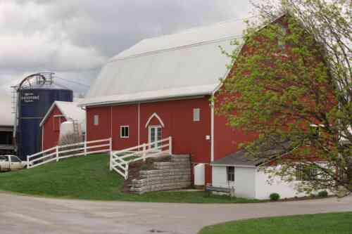 SwissLane Dairy Farms Barn