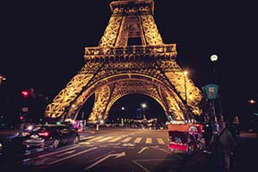 Street View - Eiffel Tower