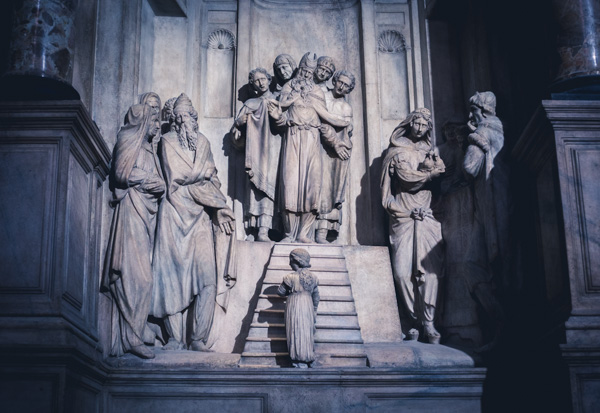 Stone Carving In Duomo